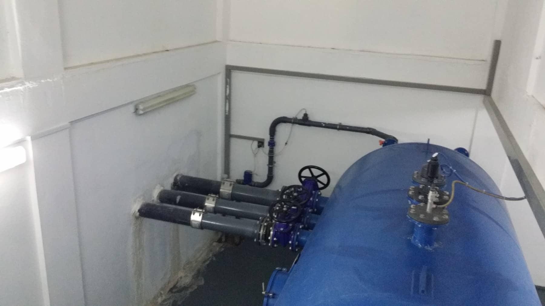 https://replan.com.sg/wp-content/uploads/2020/08/Hot-Water-pressure-tank-for-Renewal-Energy.jpeg